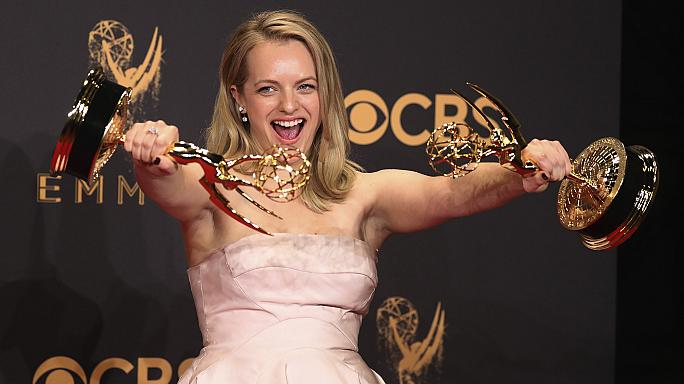 Giải trí - Entertainment The Handmaid's Tale and Veep take top prizes at Emmy awards