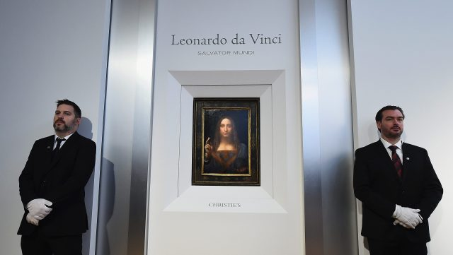 Giải trí - Entertainment Leonardo da Vinci's Christ painting 'Savior of the World' sells for record $450 million