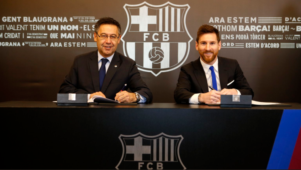 Thể thao - Sports Messi signs new contract with Barca until 2021