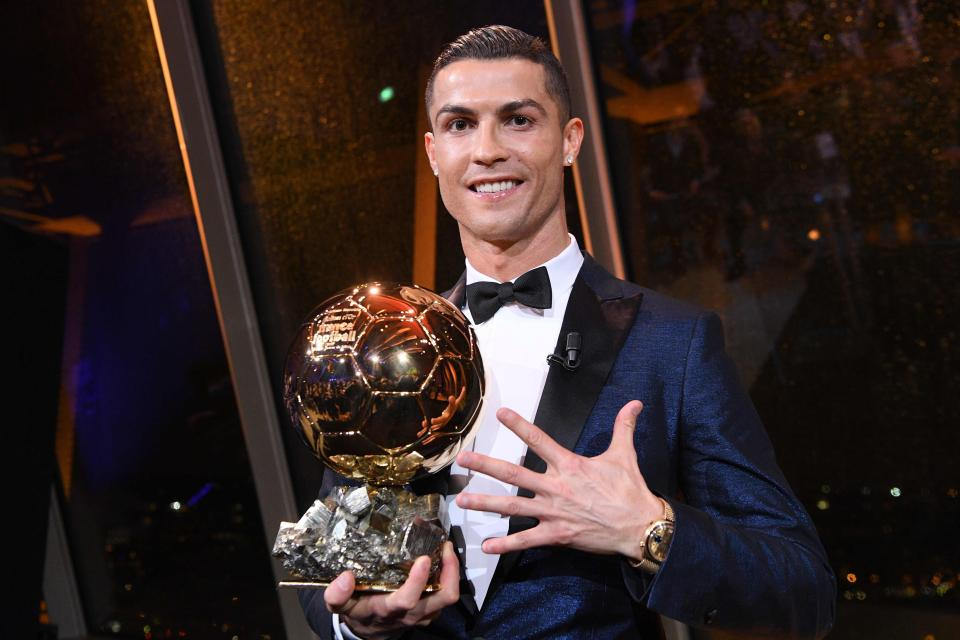 Thể thao - Sports Ronaldo's Claims 5th Ballon d'Or